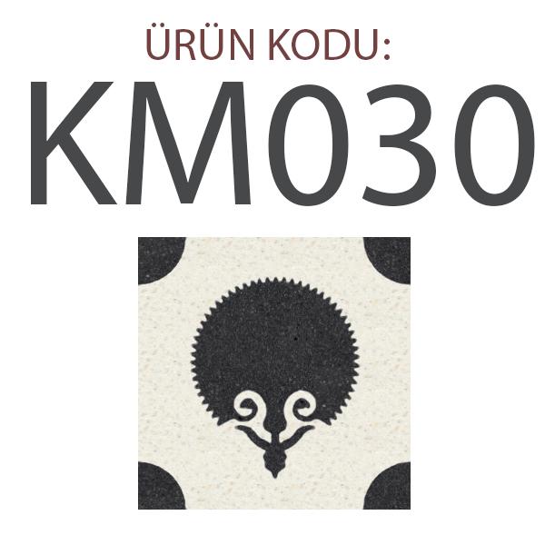 KM030