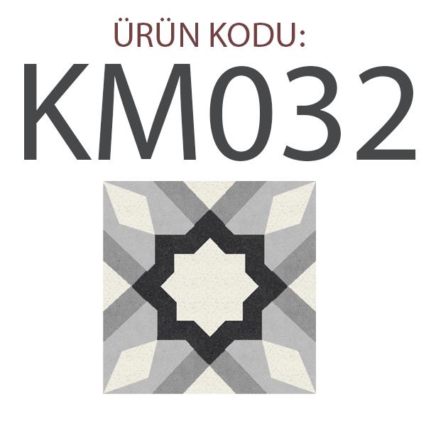 KM032