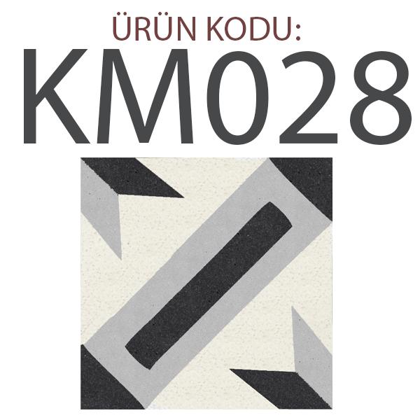 KM028
